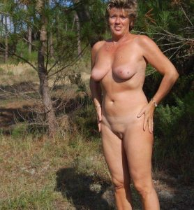 femme ronde 40 ans